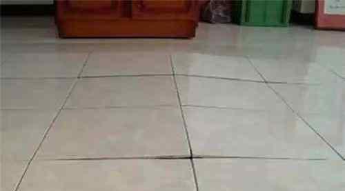 瓷砖拱起处理绝招 瓷砖为什么会拱翘?怎样解决