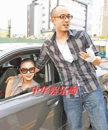 唐志忠老婆 唐志中家有猛妻小咪怀孕6个月开车不系安全带