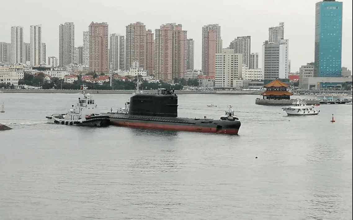 094战略核潜艇 中国服役时间最长的潜艇:54岁的长城200艇喜获新生