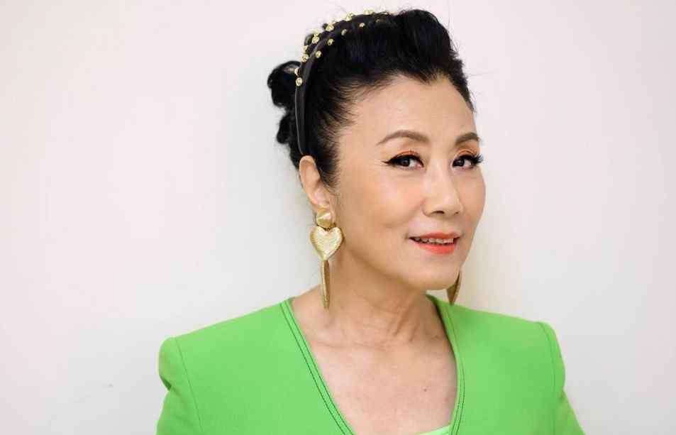 1万港币 汪明荃呼吁TVB给演员加薪,一线明星收入低,三线艺人月薪几千