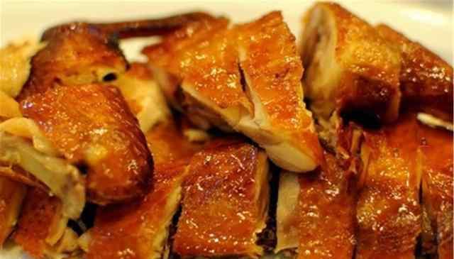 烤箱烤鸡温度和时间 烤鸡的做法,酥脆不油腻,老阿姨一步一步教你,好吃到爆!